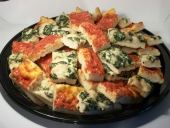 spinach_ricotta-and-tomato-pizza-platter